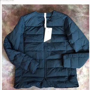 NWT Lululemon Just Enough Puff Jacket sz 10 INKW